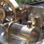 This Two-Stroke Engine Lets You Watch Its Inner Workings